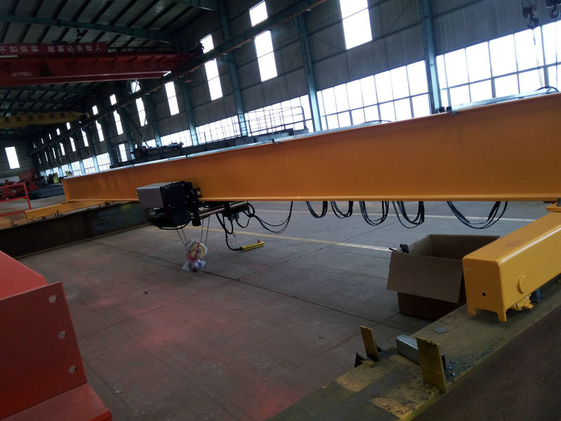European Standard Single Girder Roof Mobile Crane