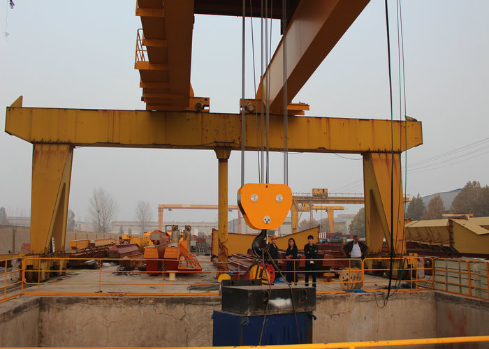 Stepless Speed 100 ton Gantry Crane