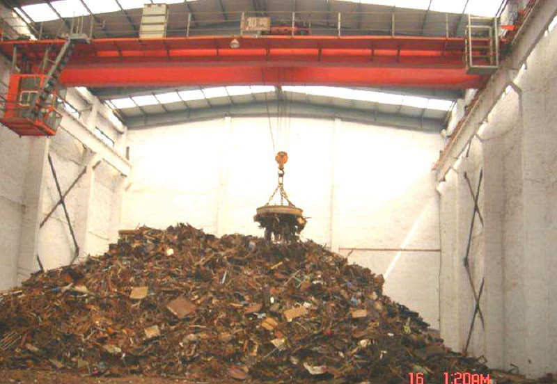 Steel Scrap Lifting Magnet Overhead Crane