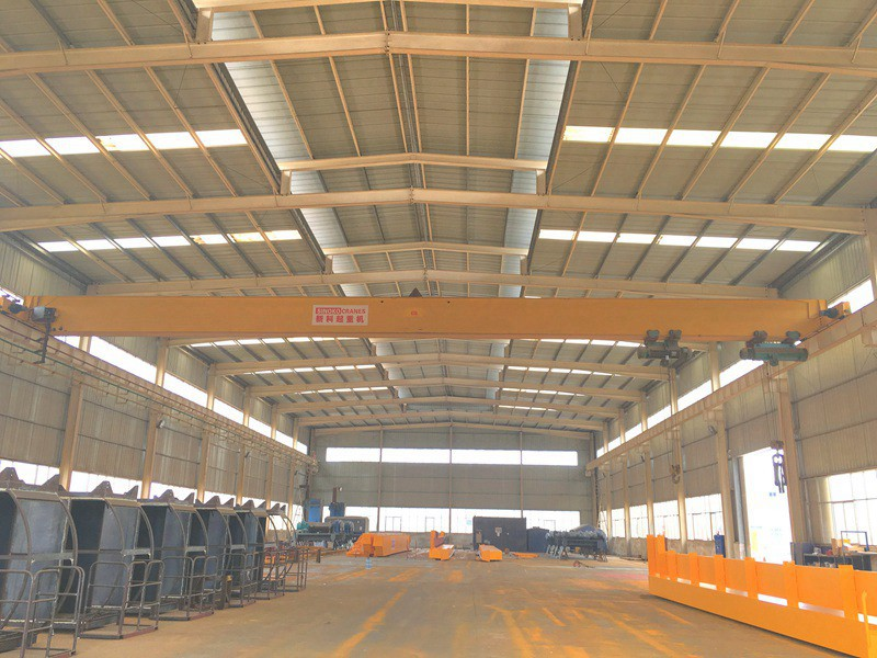 Workshop Roof Traveling Single Beam EOT Crane