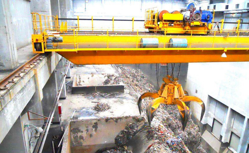 Orange Peel Grab Overhead Crane for Scrap Handling