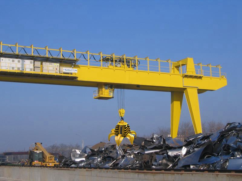 Hydraulic Grab Gantry Crane for Steel Scrap Yard