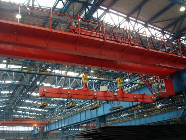 Steel Factory Bridge Crane With Magnet for Steel Handling