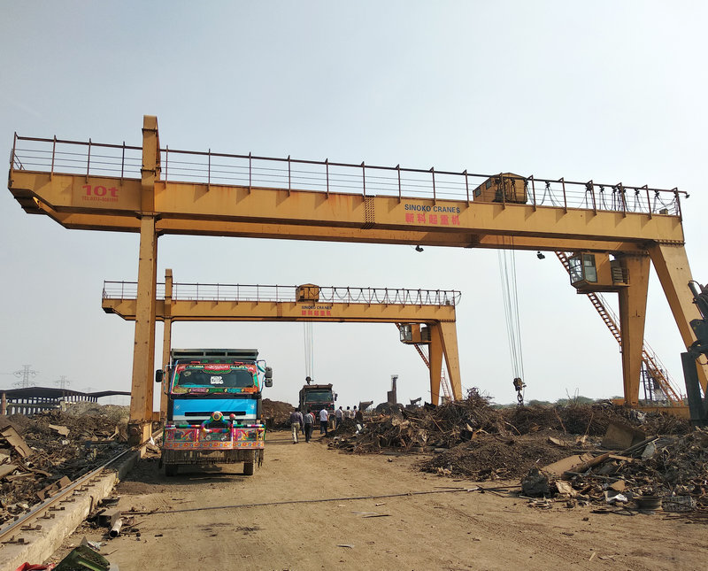 10Ton Scrap Metals Yard Grab Gantry Cranes