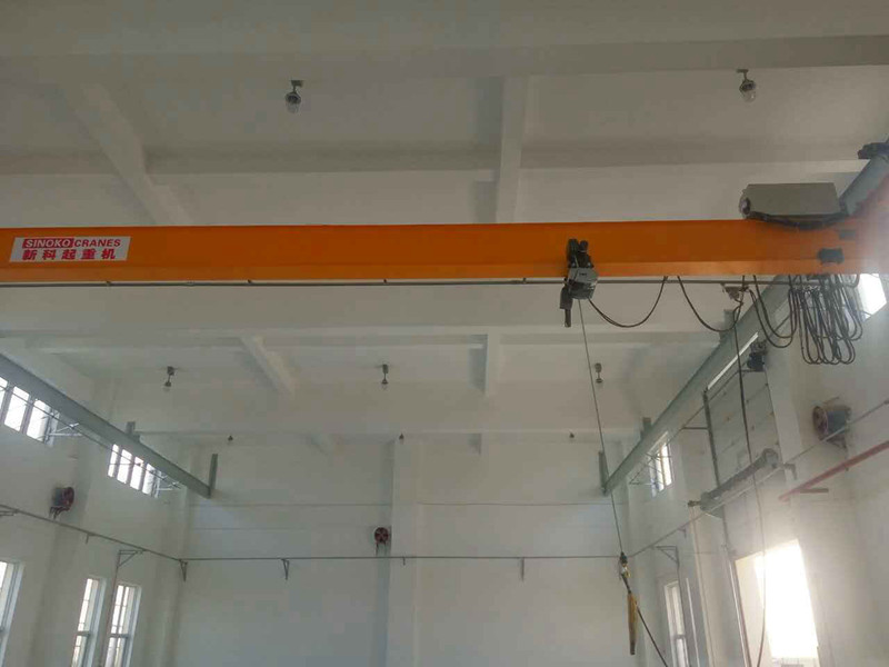 SEW Motor Driven Workshop Crane