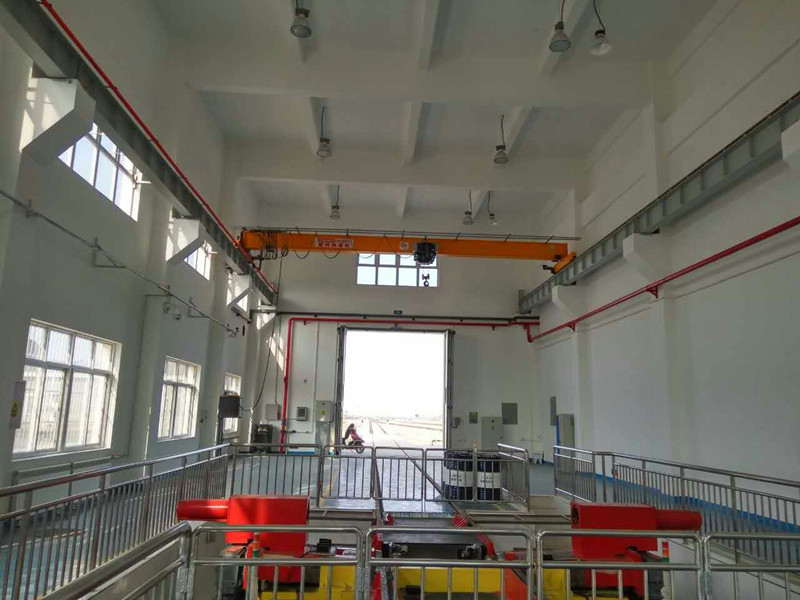 Remote Control SEW Motor Driven Single Girder Overhead Crane