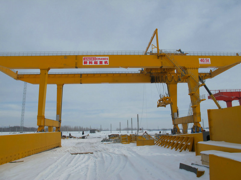 CE Certified Double Speed Control Rail Traveling Goliath Crane