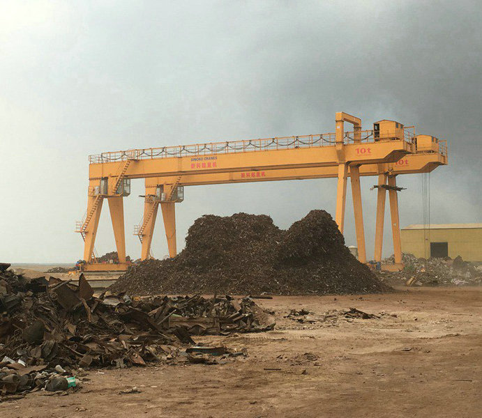 Outdoor steel scrap yard gantry cranes.jpg