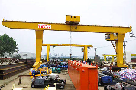 Delivery-yard-gantry-crane1.jpg